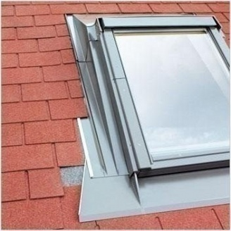Изоляционный оклад FAKRO EZA для изменения угла монтажа окна 55x78 см