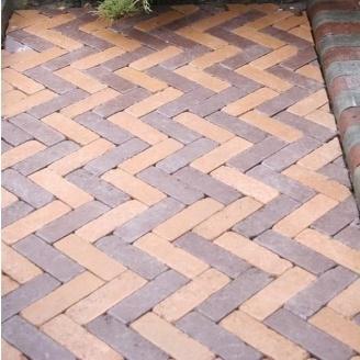 Тротуарна плитка Золотий Мандарин Барселона Антик 192х60х45 мм бордовий на сірому цементі
