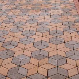 Тротуарна плитка Золотий Мандарин Ромб 150х150х60 мм на сірому цементі персиковий