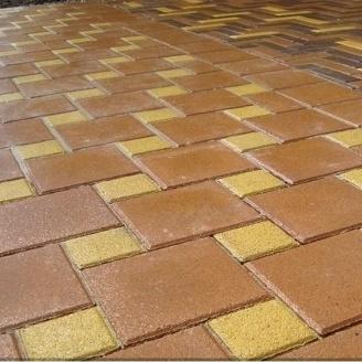 Тротуарная плитка Золотой Мандарин Квадрат большой 200х200х60 мм персиковый на сером цементе