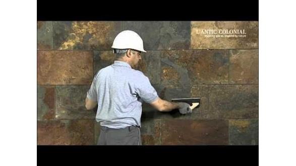 Вертикальне укладання плитки з натурального каменю