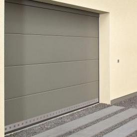 Ворота гаражні секційні двостінні Hormann LPU L-гофр silkgrain RAL 7035 світло-сірий