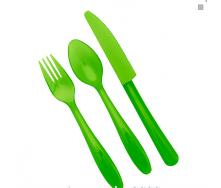 Набор столовых приборов пластиковых на 4 персоны