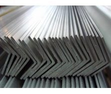 Уголок стальной горячекатаный Ст.3 80х80х6 мм