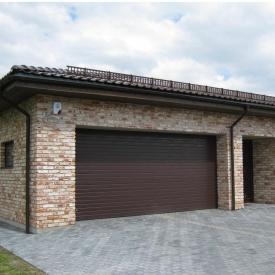 Ворота гаражные секционные Ryterna R40 stucco узкий гофр RAL 8017