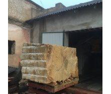 Блок из песчаника Ямпольского месторождения под заказ