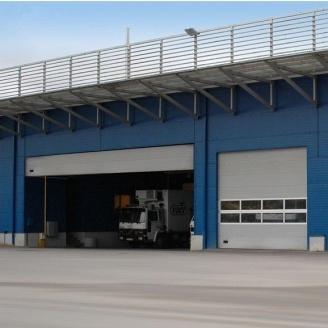 Секционные промышленные ворота Ryterna Full Wiev MACRORIB 8000x4000 мм RAL 9006
