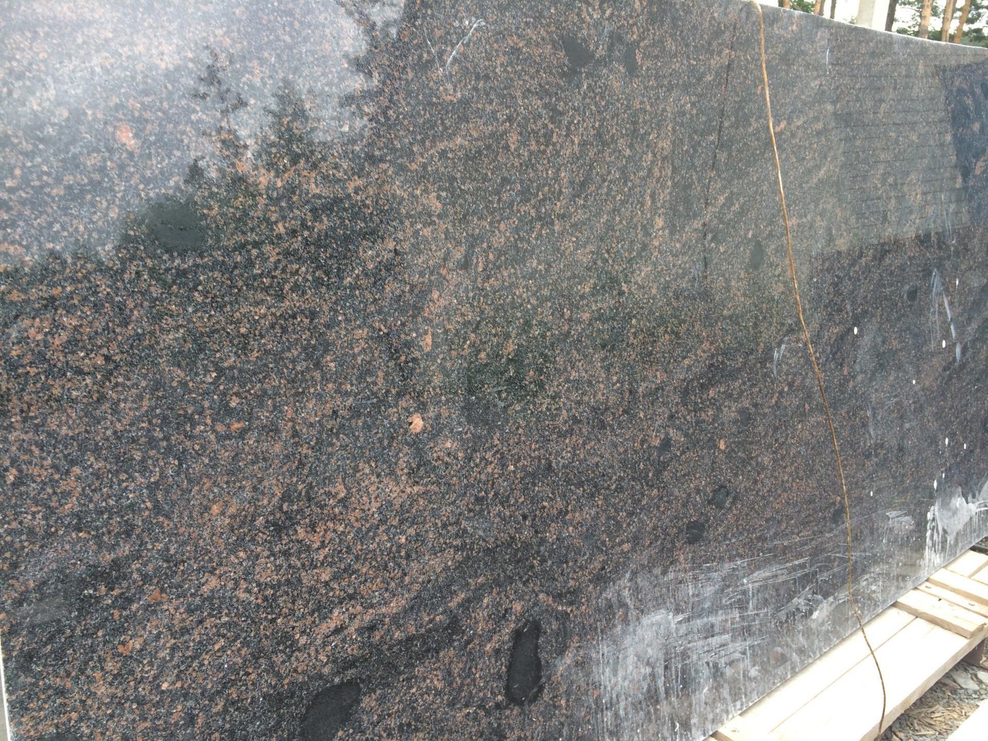 Еще пример черно-оранжевого гранита месторождения Жаданы NEW