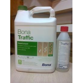 Лак для паркета полуматовый Bona Traffic 4,5 л