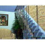 Модульні сходи Тріумф Захід з металевими поручнями і скляними сходинками