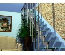 Модульная лестница Триумф Запад с металлическими перилами и стеклянными ступенями