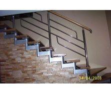 Модульная лестница Триумф Запад с металлическими перилами и ступенями