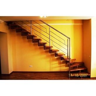 Модульная лестница Триумф Запад с металлическими перилами
