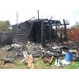 Демонтаж будинку після пожежі