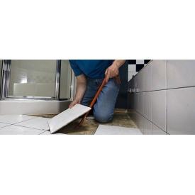 Демонтаж кахельної плитки з підлоги