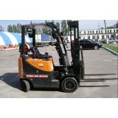 Оренда навантажувача Doosan G15G 3300 мм 1500 кг