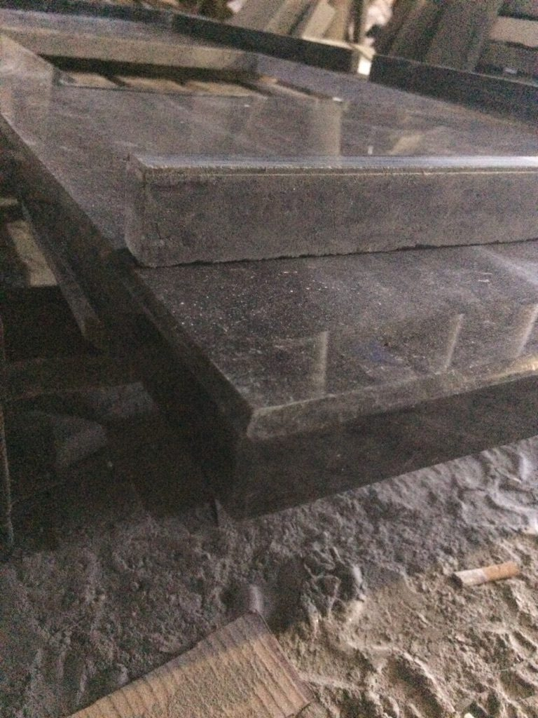 Обрабатываем углы и придаем столешнице завершенный вид