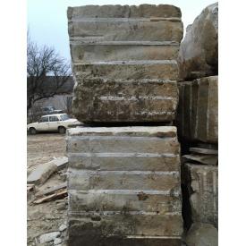 Блок з пісковика для розпилювання 1 м3