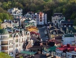 Эксперт рассказал о потенциальных опасностях покупки дешевой недвижимости в пригороде