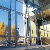 Алюминиевые двери входные остекленные НОВЫЙ ПРОЕКТ ГРУПП 2100 мм