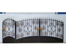 Ворота с калиткой 1202 с пиками 2000х3500 мм