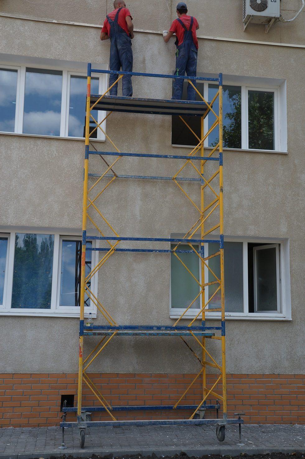 г. Киев, ремонт больницы. Вышка-тура рабочей высотой 5м