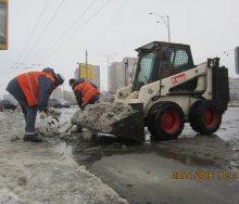 Механизированная и ручная чистка снега в Киеве