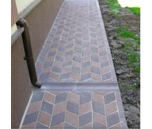 Отлив Золотой Мандарин 500х200х60 мм на сером цементе коричневый