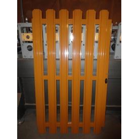 Калитка оранжевая из штакетного профиля с односторонней зашивкой