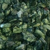 Галька мраморная Royal Verde фракция 10-20 мм зеленая