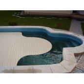 Висувні ролети для басейну