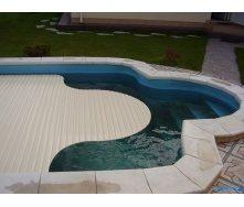 Выдвижные ролеты для бассейна