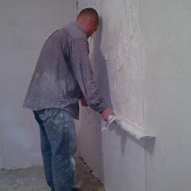 Маячная штукатурка стен до 2 см