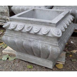 Цветочница бетонная садовая