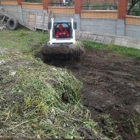 Благоустройство территории спецтехникой - мини трактором под застройку