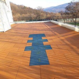 Укладання гумової плитки на терасу