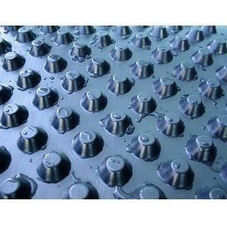 Шиповидная мембрана TERAPLAST PLUS–L8 400 г 1,5х20 м