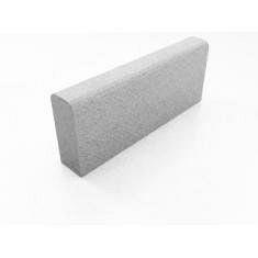 Бордюр тротуарный бетонный сухопрессованный двухскатный 50х20х6 см
