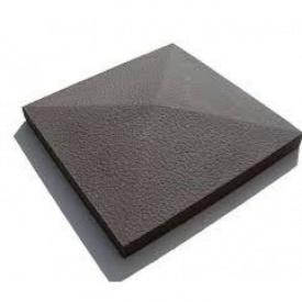 Крышка столба забора Континент бетонная четырехскатная 39х39х6 см