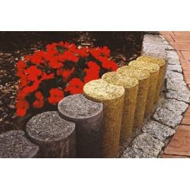 Установка бетонных садовых столбиков