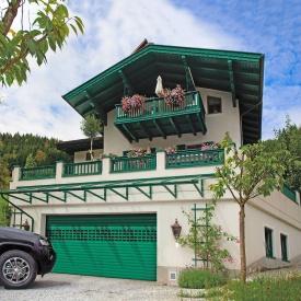 Роллетные ворота ALUTECH Prestige 4000х2500 мм зеленый мох