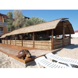 Строительство летней площадки-кафе на побережье