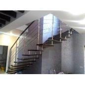 Виготовлення сходів з металу і скла для офісу