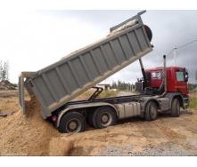 Доставка овражного песка навалом