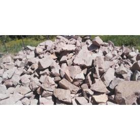 Красный Бутовый камень 150-350 мм