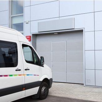 Промышленные ворота ALUTECH ProPlus с калиткой микроволна 3000х3000 мм RAL 9006 серебристый металлик