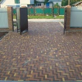 Тротуарна плитка Золотий Мандарин Цегла вузька 210х70х60 мм на сірому цементі коричневий