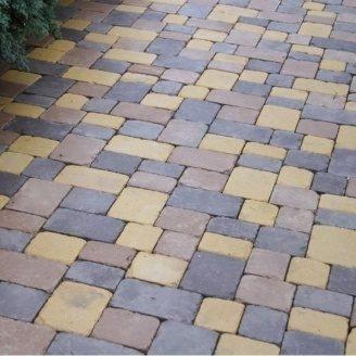 Тротуарна плитка Золотий Мандарин Плац 160х60 мм персиковий на сірому цементі
