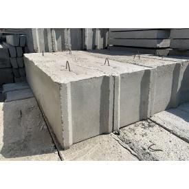 Фундаментный блок ФБС 24.5.6Т 2380х500х580 мм