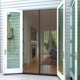 Москитная сетка на дверь размером 72х220 см на магнитах прошита
